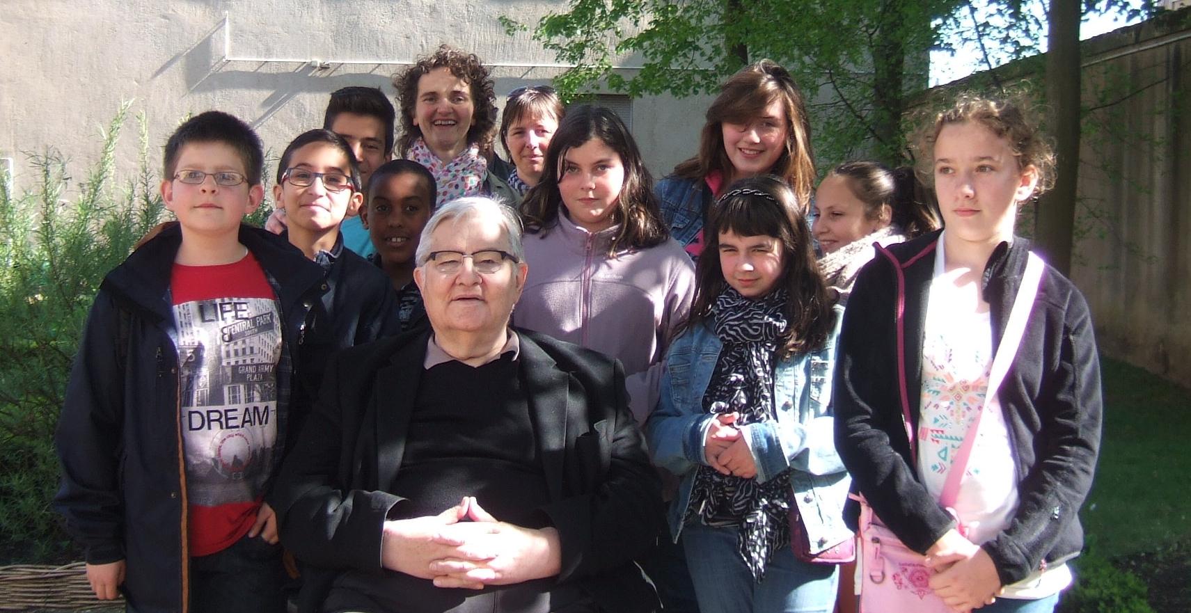Des jeunes reporters pour l'environnement rencontrent Jean-Marie PELT