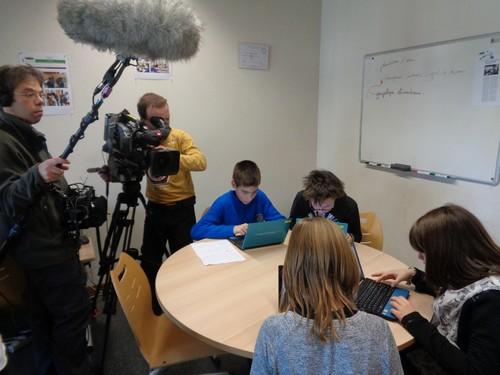Les journalistes préparent leurs textes