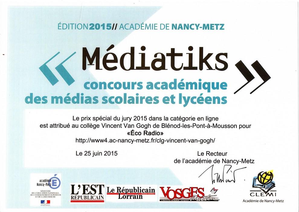 """Eco Radio a reçue le prix spécial du jury dans la catégorie """"médias en ligne"""" du concours Médiatiks 2015"""