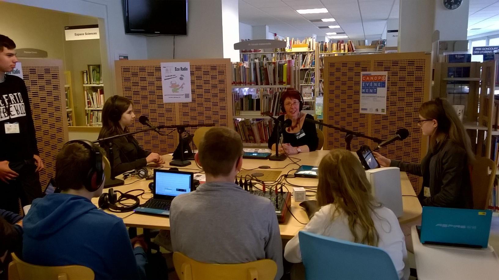 Interview de Martine DELAMARRE dans le studio délocalisé à CANOPE Nancy
