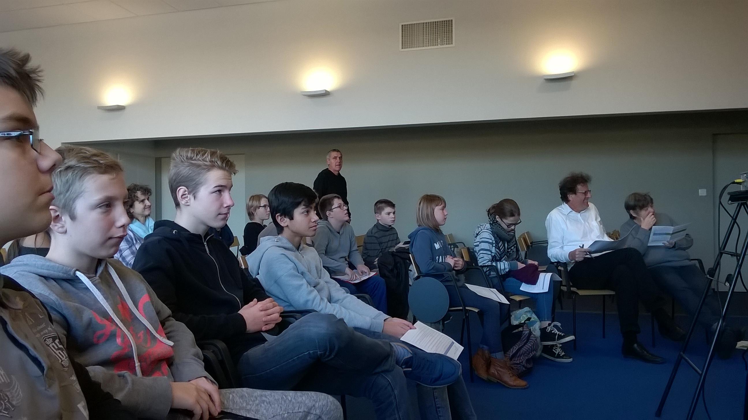 Trialogue avec des élèves et des chercheurs allemands et suisses